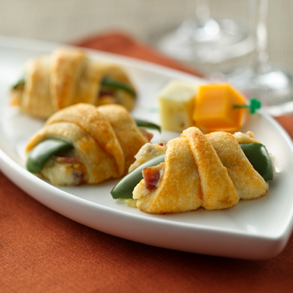 Crescent Jalapeno Poppers