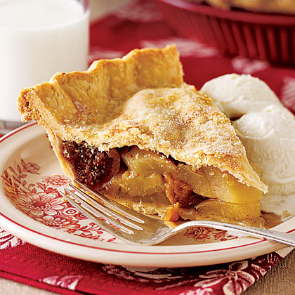 Pear and Dried Fig Pie