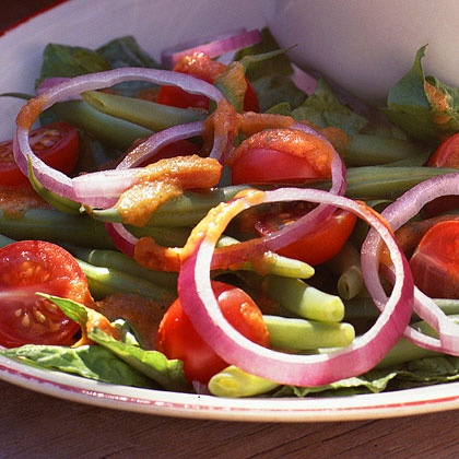 Green Bean-and-Tomato Salad with Roasted-Tomato Dressing