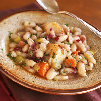 White Bean-and-Vegetable Stew in Red Wine Sauce