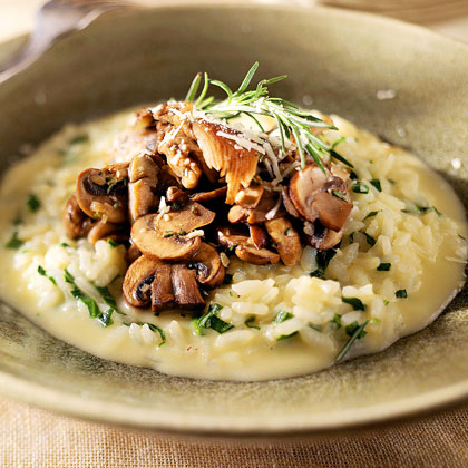 Smoked-Gouda Risotto with Spinach and Mushrooms