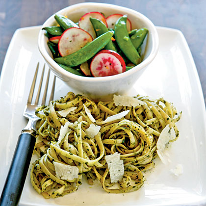 Linguine with Arugula Pesto