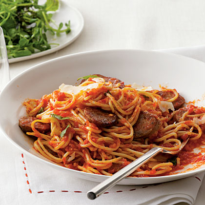 Spaghetti with Sausage and Simple Tomato Sauce