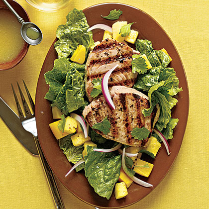 Grilled Yellowfin Tuna with Romaine and Tropical Fruit