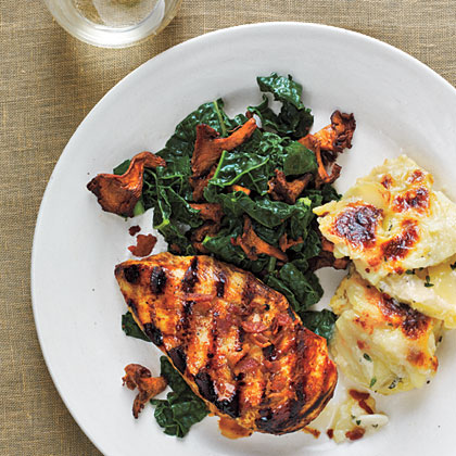 Chicken with Smoked Chanterelles and Potatoes