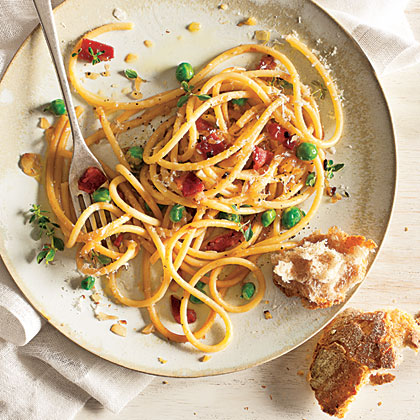 Bucatini with Green Peas and Pancetta