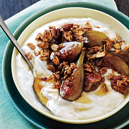 Granola with Honey-Scented Yogurt and Baked Figs