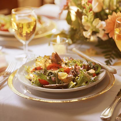 Tossed Salad with Tomato-Basil Dressing