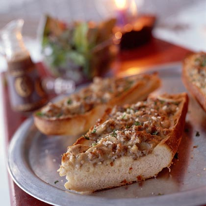 French-Bread Pizza with Sausage, Clams, and Mushrooms