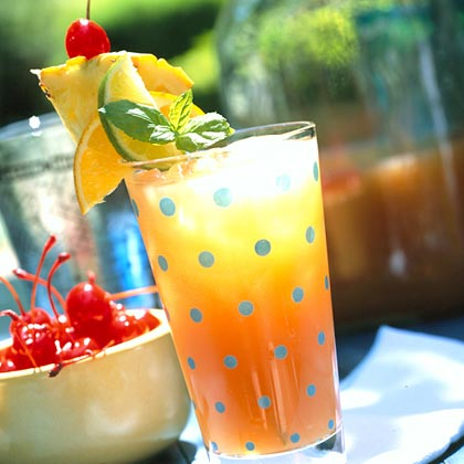 Patio Daddy-O Planter's Punch