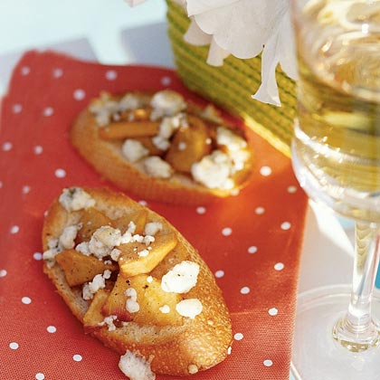 Crostini with Peaches and Blue Cheese