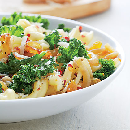 Pasta with Wilted Kale and Caramelized Onions