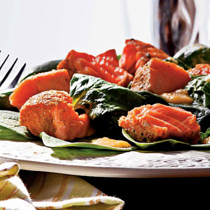 Grilled Salmon and Spinach Salad with Peach Dressing