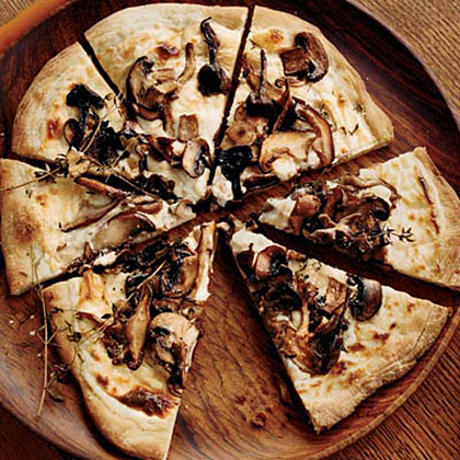 Mushroom–and–Goat Cheese Béchamel Pizzas