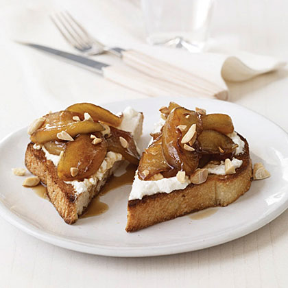 Toasts with Ricotta and Warm Balsamic-Caramel Apples