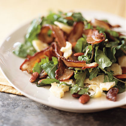 Arugula Salad with Dates and Bacon