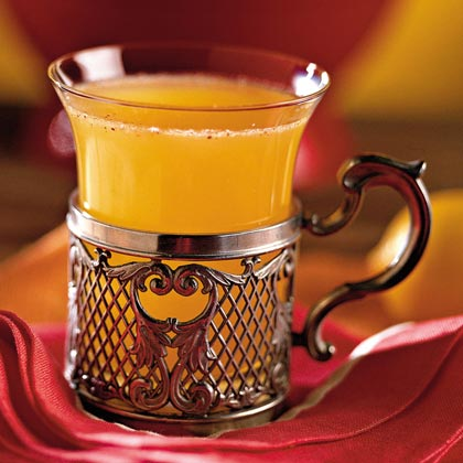 Apricot-Apple Cider Sipper