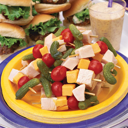 Turkey-Cheddar Kabobs With Honey Mustard Dipping Sauce