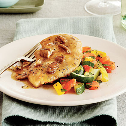 Chicken Cutlets with Pecan Sauce