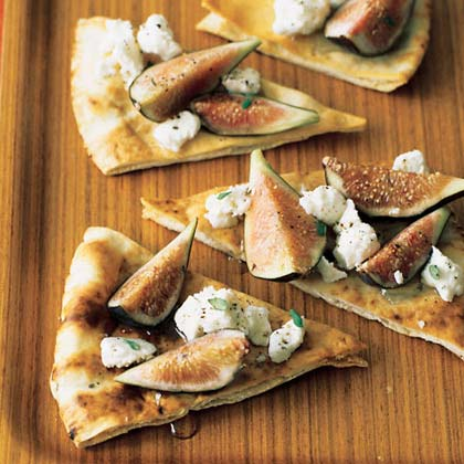 Fig and Goat Cheese Pitas