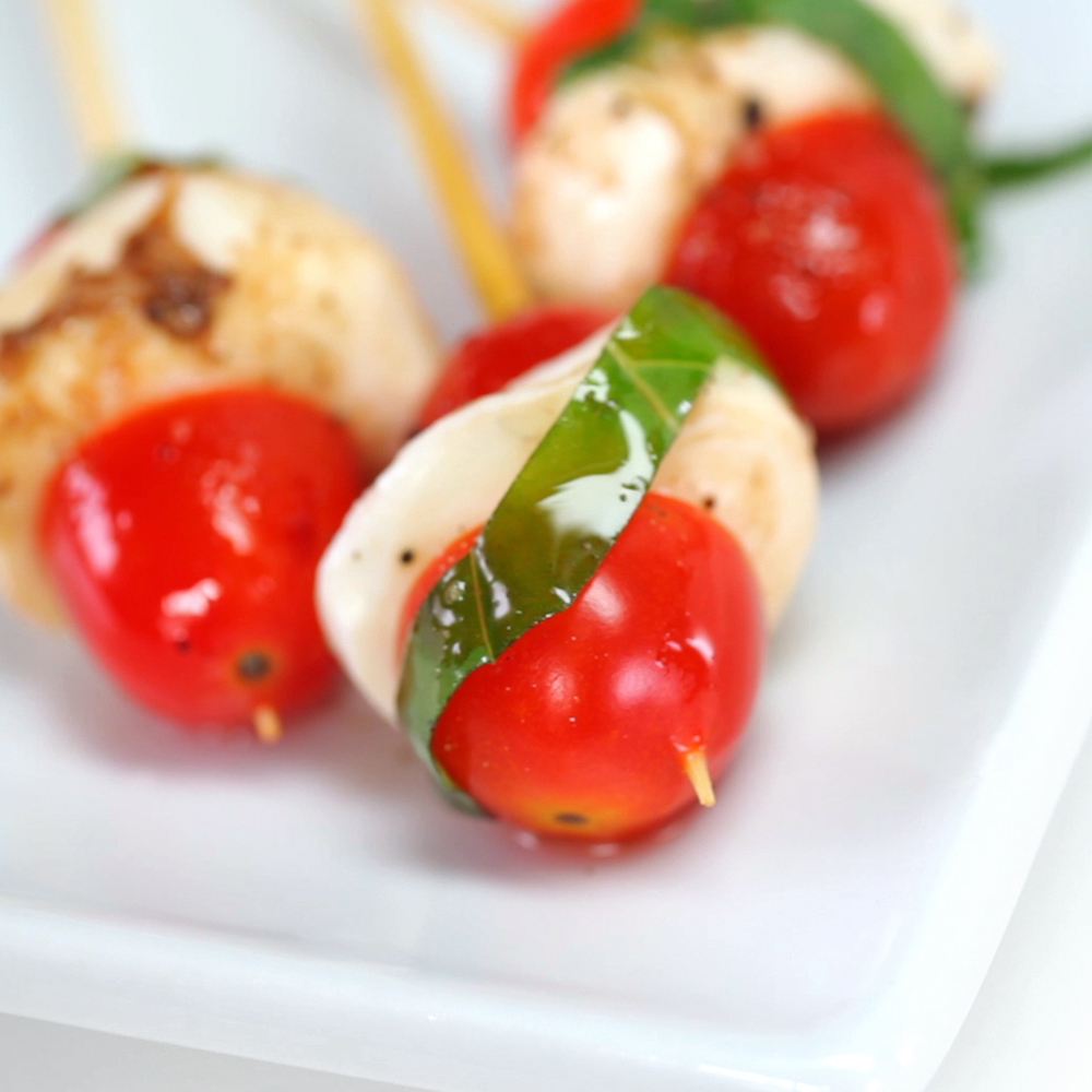 How to Make Mini Caprese Bites