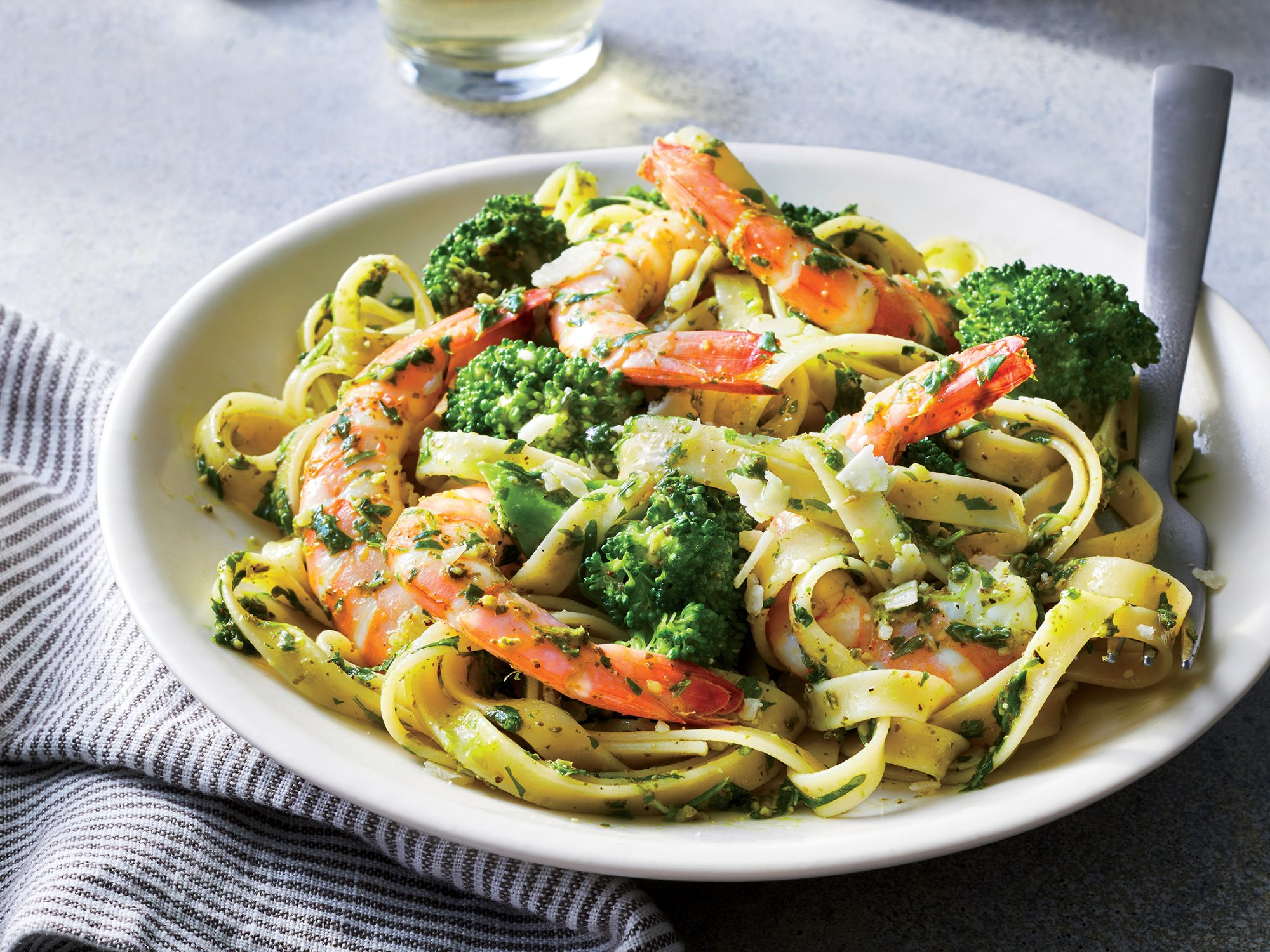 Pesto Shrimp and Broccoli Fettuccine