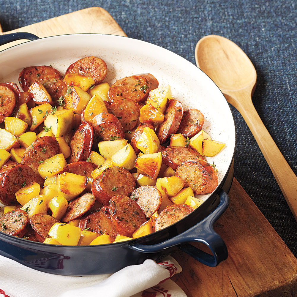 Sautéed Sausages with Apples