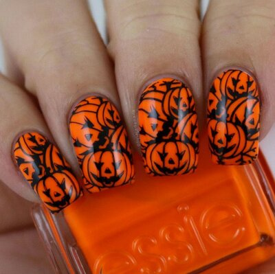 12 Halloween Nail Art Ideas That Are Way Better Than Any Costume