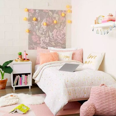 How To Decorate Your Entire Dorm Room At Target For Less