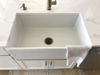 Things Nobody Tells You About Getting a Farmhouse Sink ...