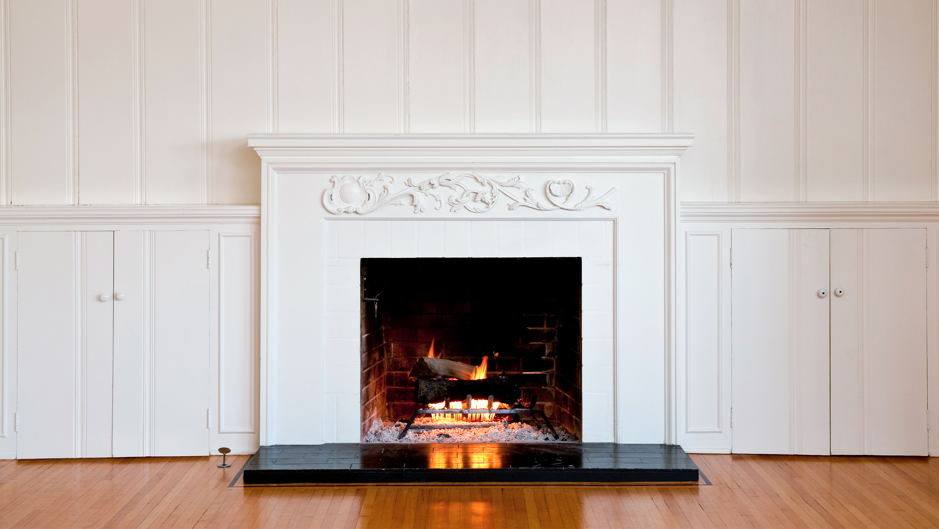 How to clean a fireplace - quick fireplace cleaning tips