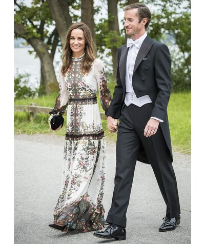 126ab549 Pippa Middleton Just Wore the Perfect Summer Wedding Guest Outfit ...