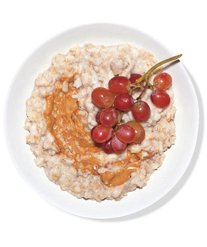 Oatmeal With Peanut Butter and Grapes