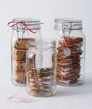 Cookies in glass mason jars