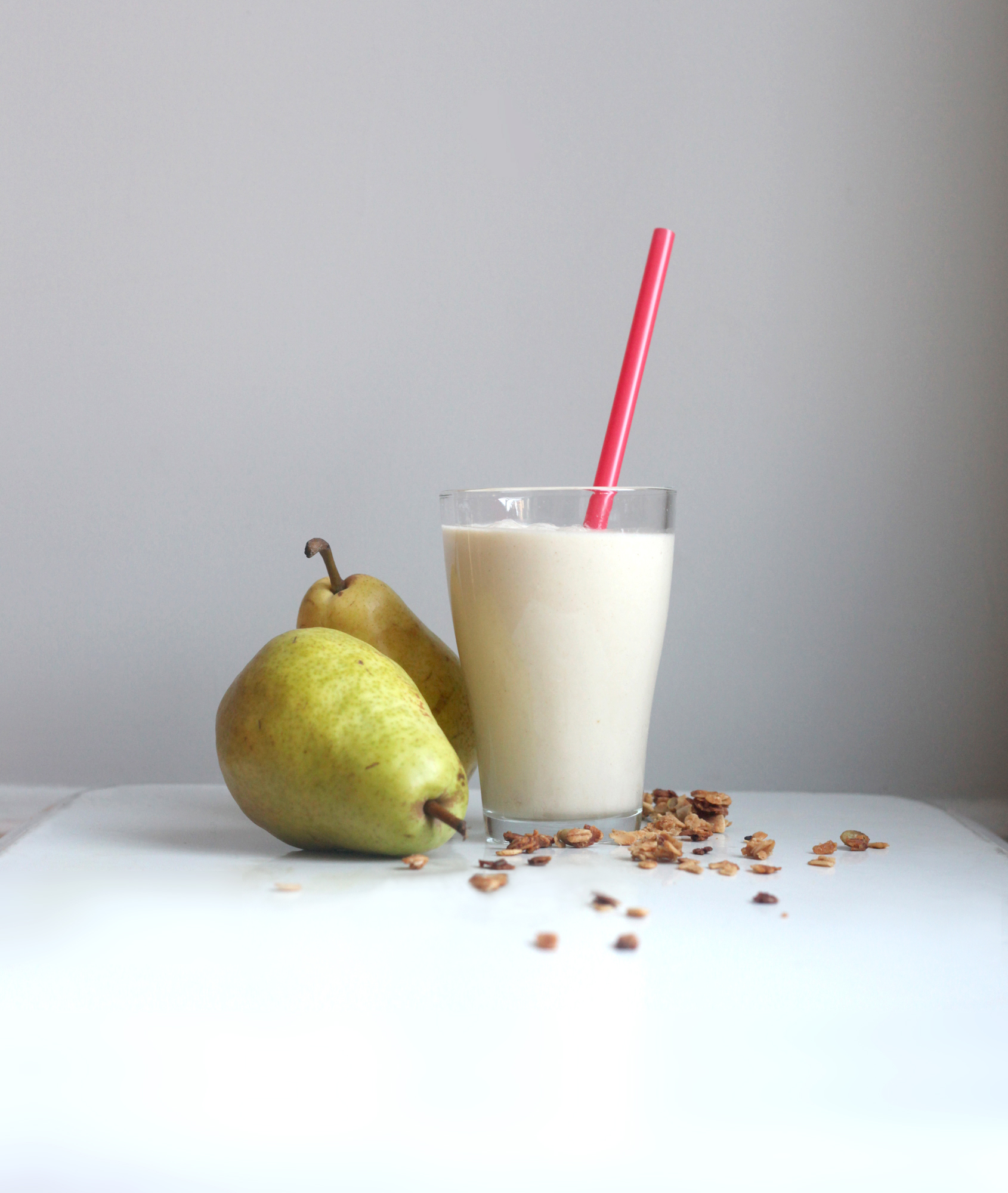 Pear, Oat, and Maple Smoothie