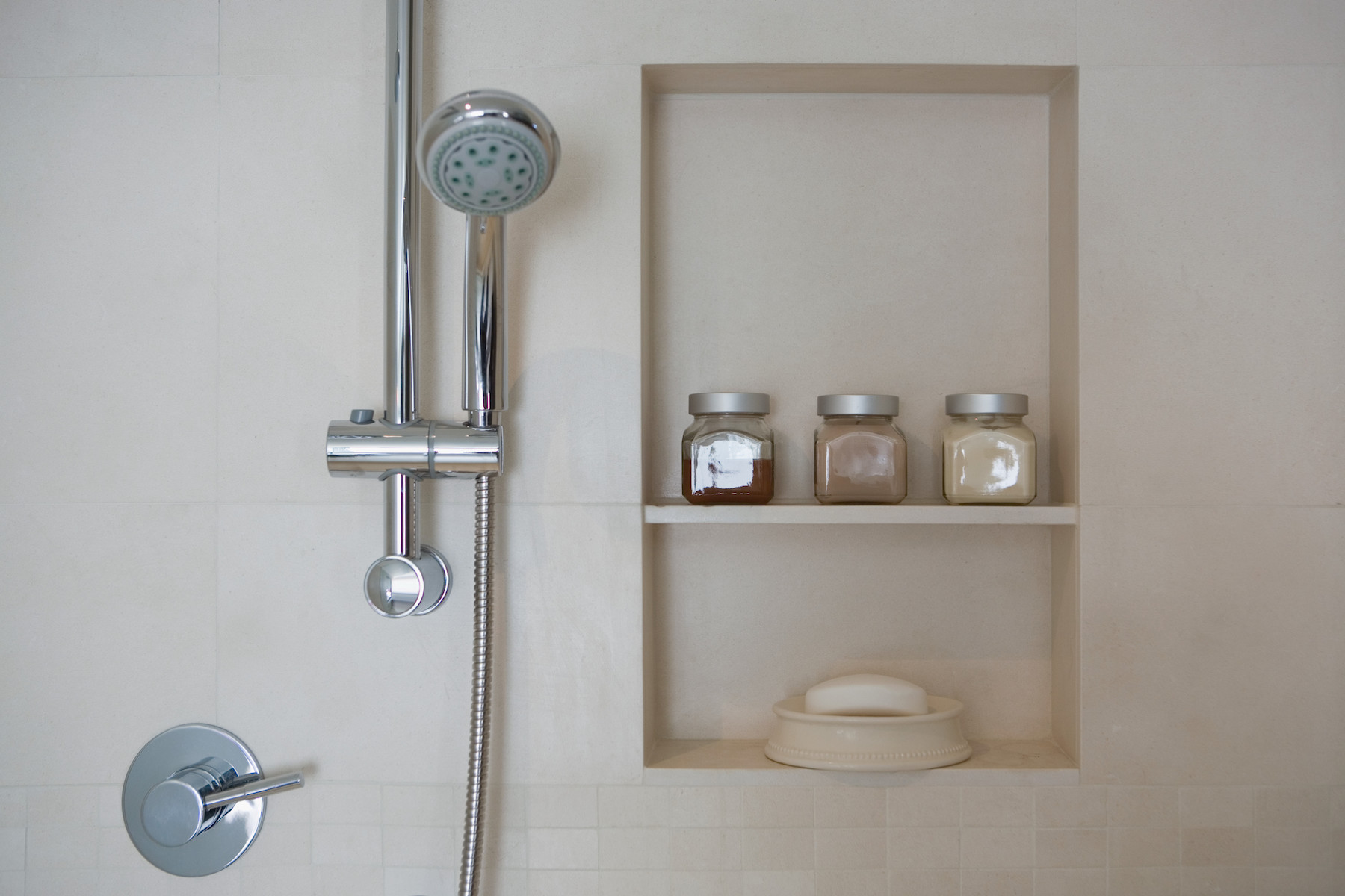 How to Clean Bathroom, Shower Head