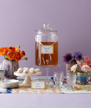Modern bridal shower tea party table