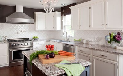 4 Impossibly Stylish Ways To Make Two Toned Cabinets Work In Your