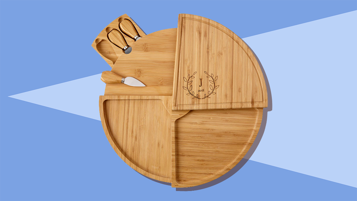 personalized-gifts-cheese-board