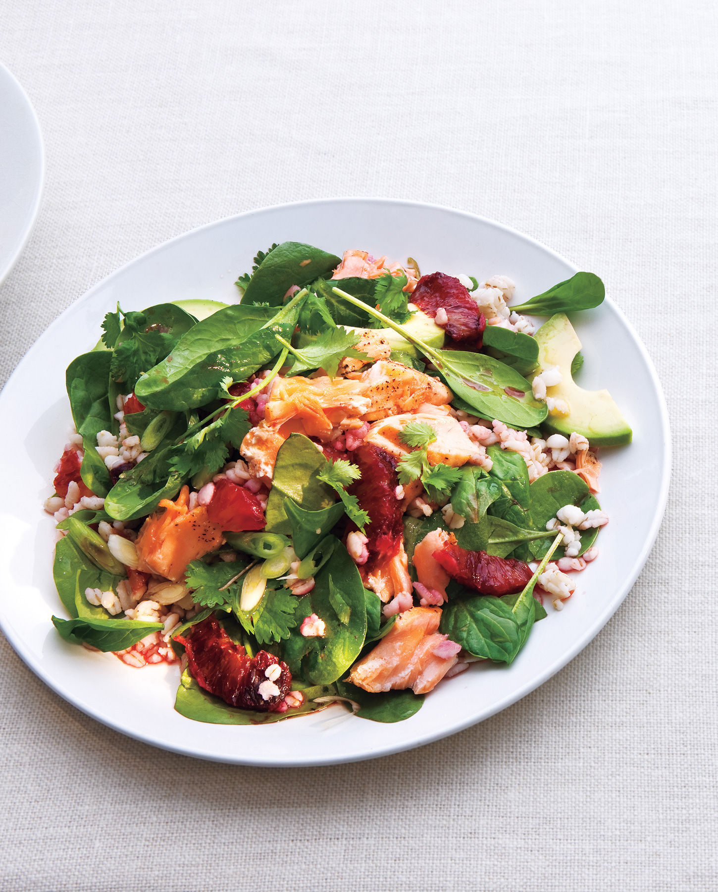 Spinach Salad With Salmon, Barley and Oranges