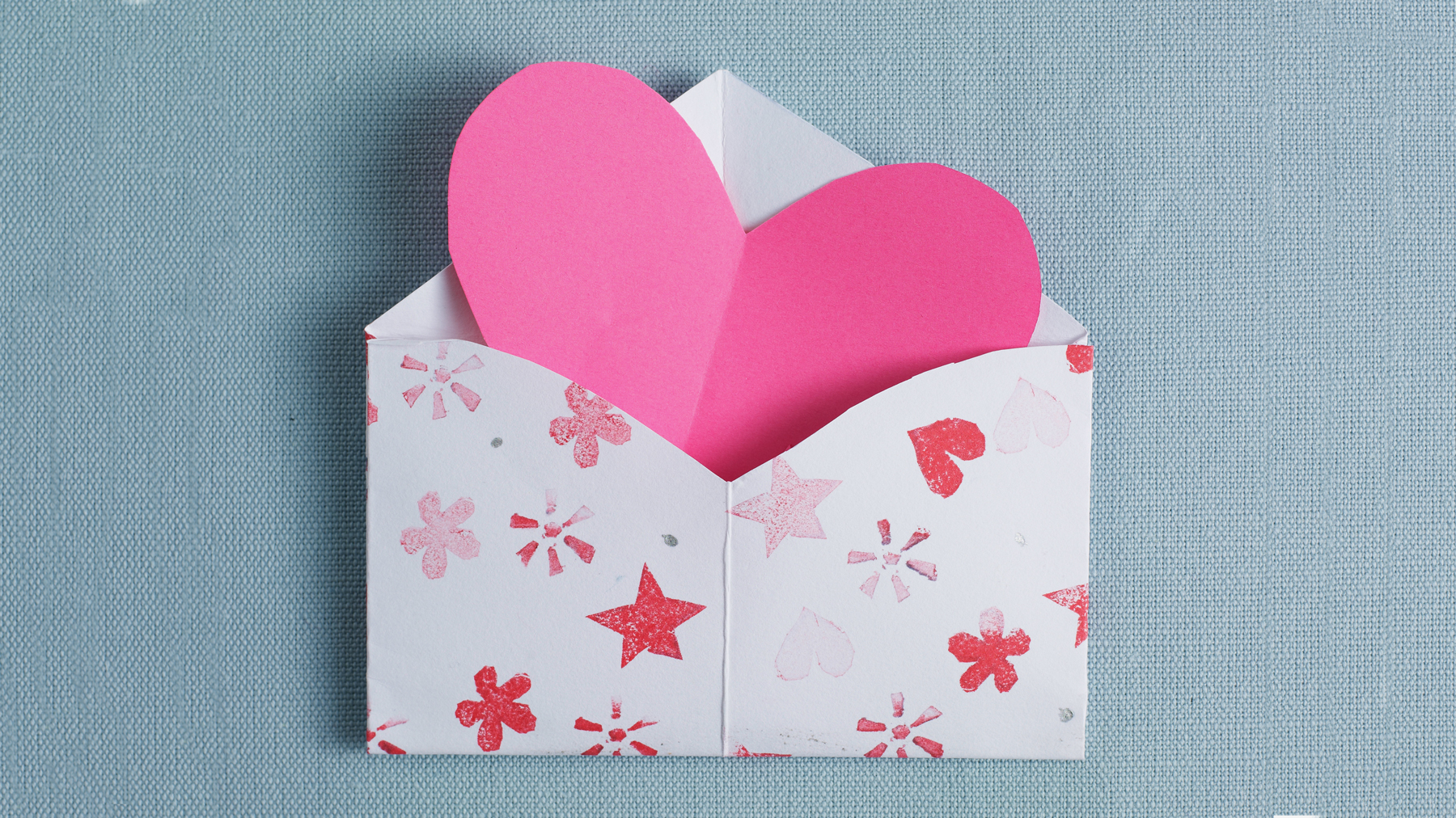 Valentine's Day crafts for kids - easy ideas tout