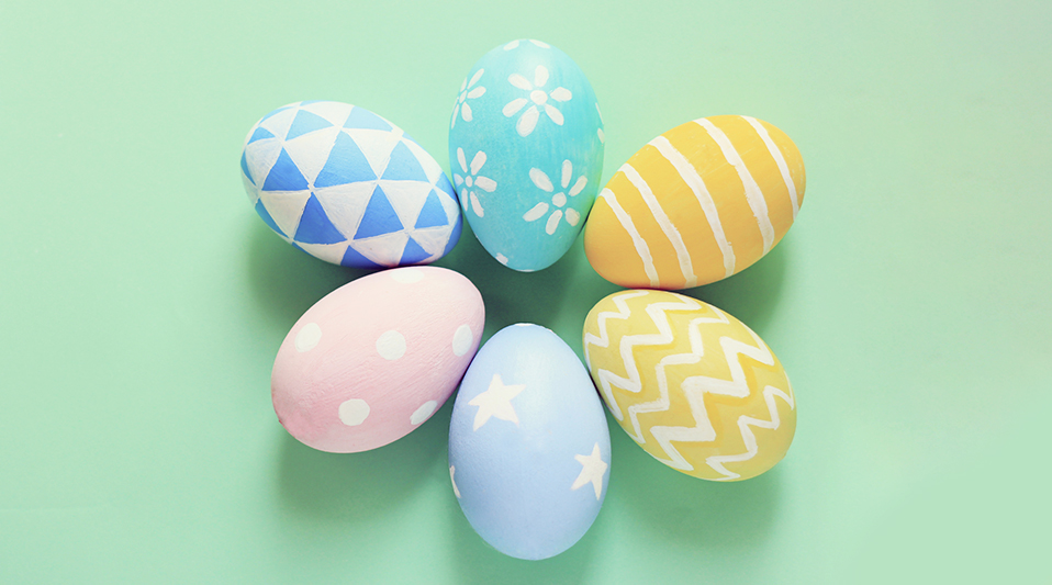 The Most Popular Easter Traditions: 6 colorful Easter eggs arranged in a circle