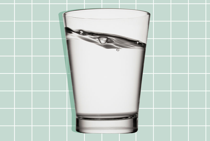 You're Probably Not Drinking Enough Water—Here Are Two Simple Ways to Check