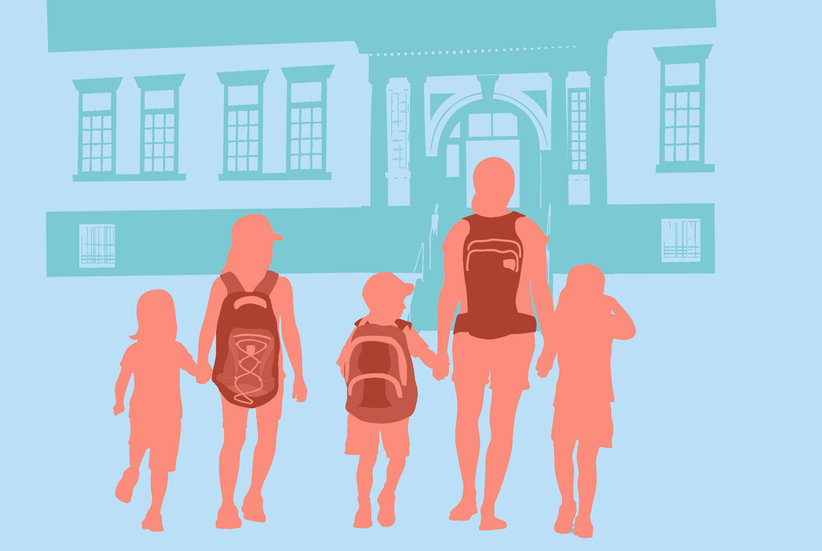 The Age Children Are Old Enough to Walk Home From School Alone, According to Psychologists