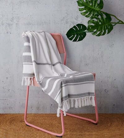 These Turkish Beach Towels Will Bring The Spa To Pool