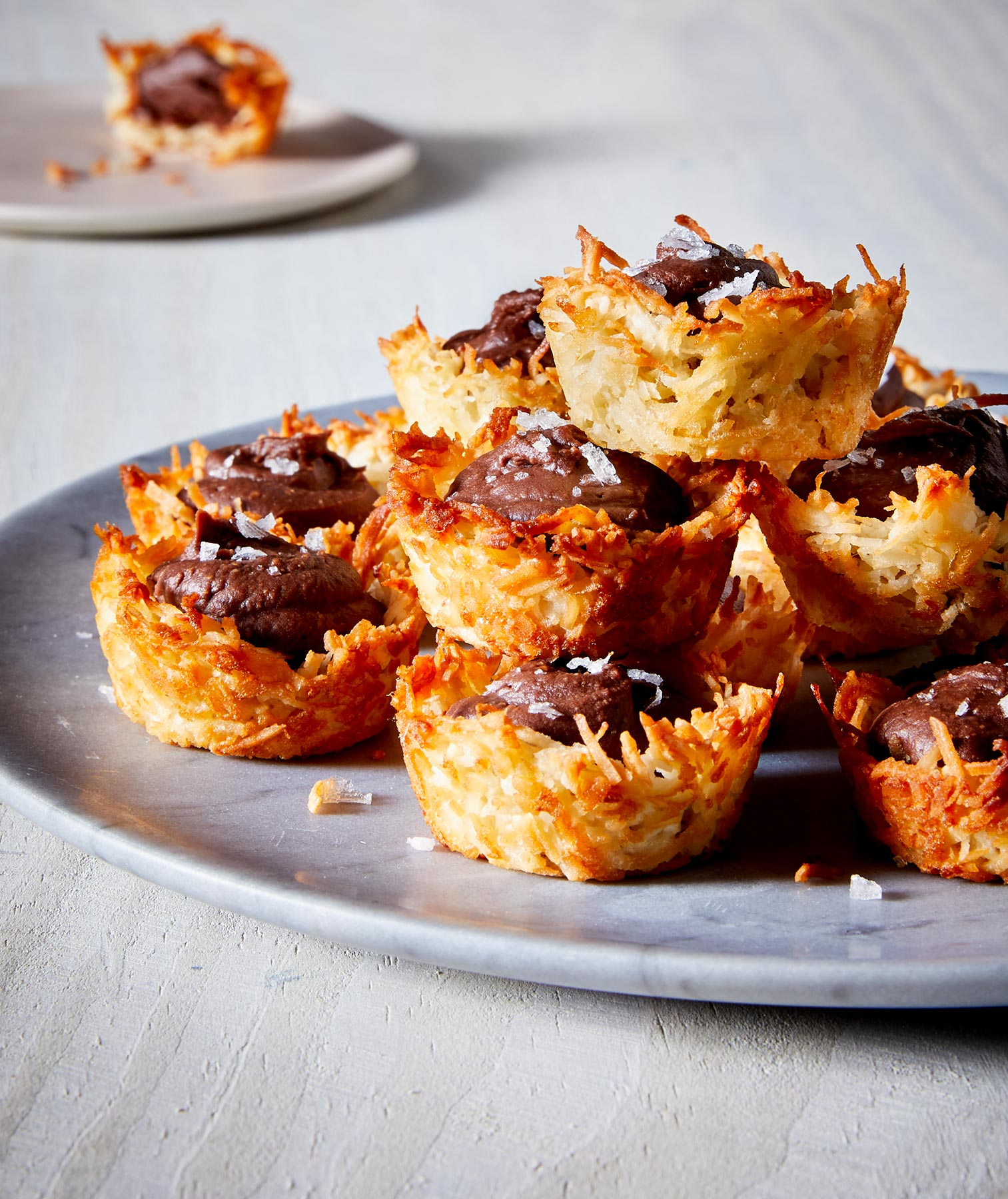 Healthy Desserts Recipes: Dark Chocolate Coconut Tartlets