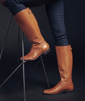 The Best Boots for Your Legs