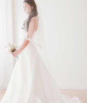 e1920eb50ffaa Wedding Dress Shopping Tips From a Bridal Salon Owner - Real Simple