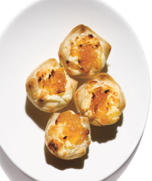 Safeway Select Caramelized Onion & Gorgonzola Pastry Puffs