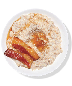 Oatmeal With Bacon and Maple Syrup